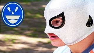 getlinkyoutube.com-Axel heredero de plata reacciona ante el debut del Santo Jr