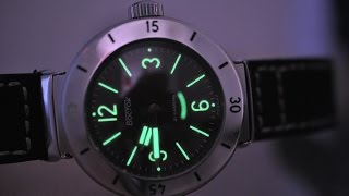 getlinkyoutube.com-Обзор часов Восток Амфибия 170257 (НВЧ-30 2016 года номер 085/300) на механизме 2415