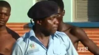 getlinkyoutube.com-O Polícia mais Lixado de Angola
