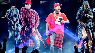 "getlinkyoutube.com-Chris Brown Surprise ""Loyal"" Performance BET Awards 2014"