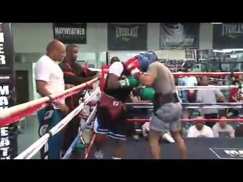 Floyd 'money' Mayweather Jr. - Live Sparring Session W Omar