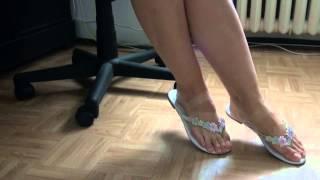 getlinkyoutube.com-sexy girl show feet worship flip flop mules
