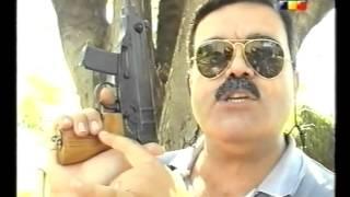 getlinkyoutube.com-EL APOSTADERO Pistola ametralladora Scorpion VZ61