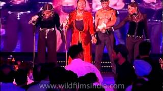 Liz Mitchell singing El Lute and other Boney M songs in India