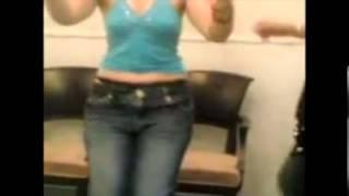 getlinkyoutube.com-کلیپ رقص خاله شادونه مجری برنامه کودک   YouTube