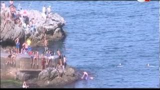 getlinkyoutube.com-الجزائر : السباحة ومخاطر القفز من الصخور