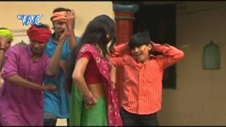 "getlinkyoutube.com-Puwa Khailash Kutta बिलाई पियलस दूध - Chadal Ba Holi | Arvind Akela ""Kallu JI"" | Bhojpuri Song 2015"