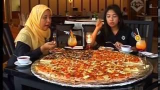 getlinkyoutube.com-Pizza Jumbo Surabaya