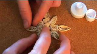 getlinkyoutube.com-Quilling Basics & Quilled Christmas Decorations