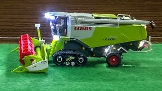 getlinkyoutube.com-RC CLAAS Combine Harvester in Action! Awesome RC Farmer model!
