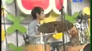 The Junas Monkey INBOX 06102011