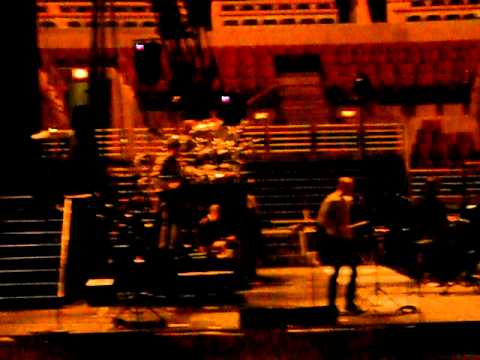 Linkin Park - Blackout Soundcheck LPU Summit Chicago 1/26/2011