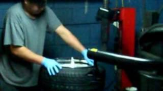 getlinkyoutube.com-Tire Stretch 215/40 on a 10 inch rim