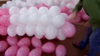 getlinkyoutube.com-fazendo arco de balão em cano de PVC de 2.5mm 6 m Fácil rápido e pratico (Suzy festa decoração)