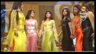 getlinkyoutube.com-iraqi dance ,,احلى بنات ,رقص وغنا عراقي