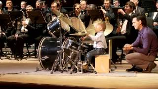 getlinkyoutube.com-[HD] Lyonya Shilovsky - 3 Years Old Russian Drummer Leads Orchestra of Adult Musicians
