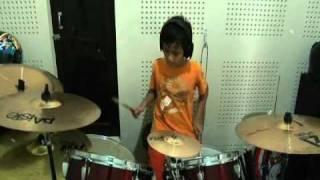 getlinkyoutube.com-(Drum Cover) KOTAK - Beraksi
