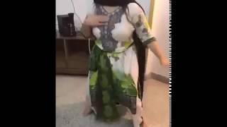 Pakistani aunty beautiful dance leaked video