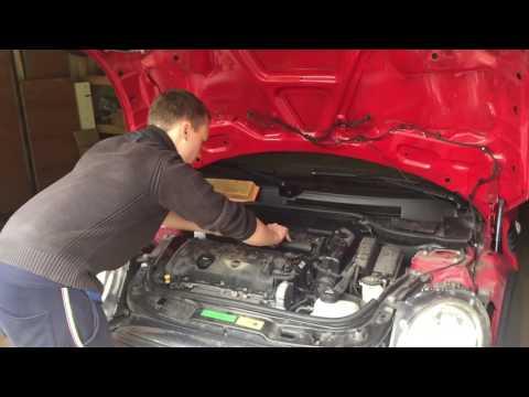 Замена фильтров на MINI Cooper R56