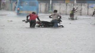 getlinkyoutube.com-Kinshasa : Après une forte pluie l'avenue Kabambare devient Rivière Kabambare @VoiceOfCongo