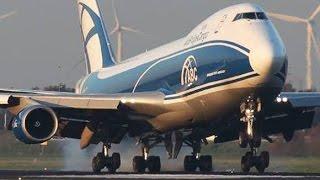 getlinkyoutube.com-Boeing 747 NEW generation vs. Boeing 747 CLASSIC