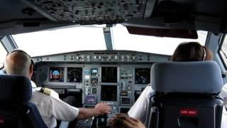 getlinkyoutube.com-Ultimo vuelo de Jesús Guil (Chirri) como Comandante de Air Europa.