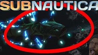 getlinkyoutube.com-A NEW CREATURE!? HOW DEEP CAN YOU GO?   Subnautica #10