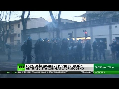 Italia: Disuelven a manifestantes antifascistas con gases lacrimógenos