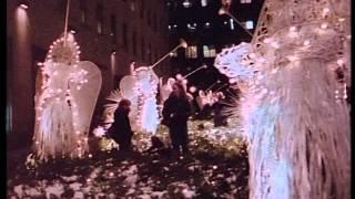 getlinkyoutube.com-Zjedzeni żywcem - Mangiati vivi (1980) - Lektor - sample ok. 10min
