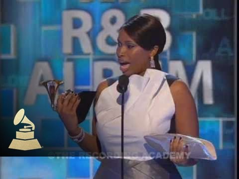 Jennifer Hudson accepting the GRAMMY for Best R&B Album at the 51st GRAMMY Awards