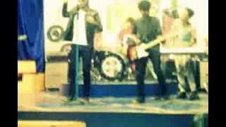 rico ariyanto with neverland tak peduli bandung hits