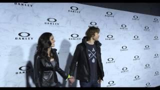 getlinkyoutube.com-Daniela Ruah & Eric Christian Olsen on Oakley's Black Carpet