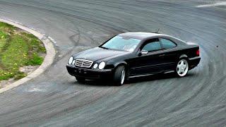 getlinkyoutube.com-Mercedes Benz CLK55 AMG Drifting Like A Gentleman