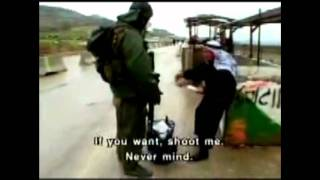 getlinkyoutube.com-Shocking Clip: Israeli Checkpoint Cruelty