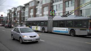 getlinkyoutube.com-Trolley Buses on Victoria Drive in Vancouver BC, Canada