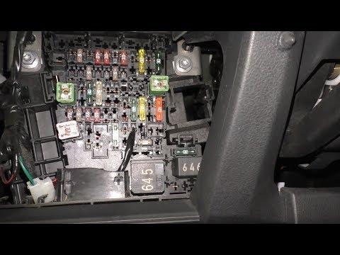 Где у Audi A5 предохранитель вебасто