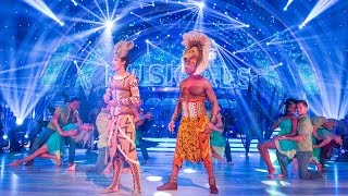 getlinkyoutube.com-Lion King cast and pro dancers opening dance   Strictly   BBC One