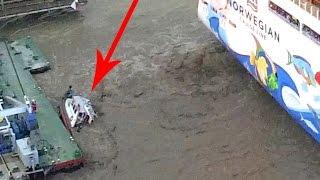 getlinkyoutube.com-Tug boat pushed under water by cruise ship