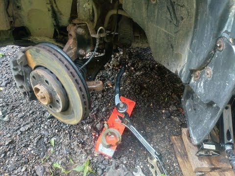 Замена рулевого наконечника на Дастере
