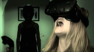 getlinkyoutube.com-How Scary is the Paranormal Activity VR Game?