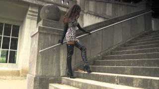 getlinkyoutube.com-Elegant super long gloves and leather boots