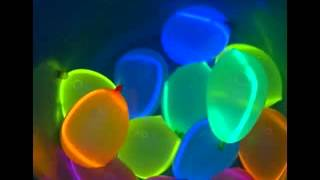 getlinkyoutube.com-Glow in the dark decorating ideas