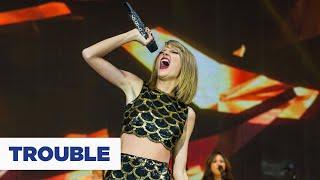 getlinkyoutube.com-Taylor Swift - Trouble (Live at the Jingle Bell Ball)