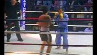 getlinkyoutube.com-Judo vs Muay Thai