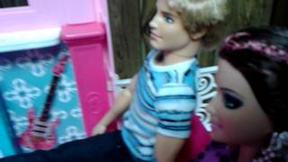 "getlinkyoutube.com-Ken cheated on Barbie"""