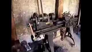 getlinkyoutube.com-Transmisní strojírna  ( Antique Machine Shop )