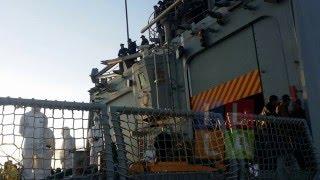 Cagliari, 139 migranti arrivano dall'Eritrea. LE FOTO