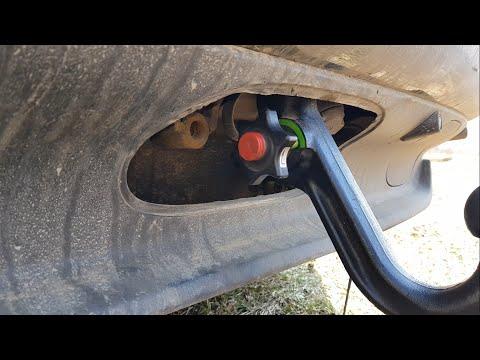 Установка и хранение фаркопа  BMW X5