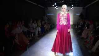 getlinkyoutube.com-Modanisa Tesettür Giyim Defilesi 2014- Hijab Fashion Show, Turkey