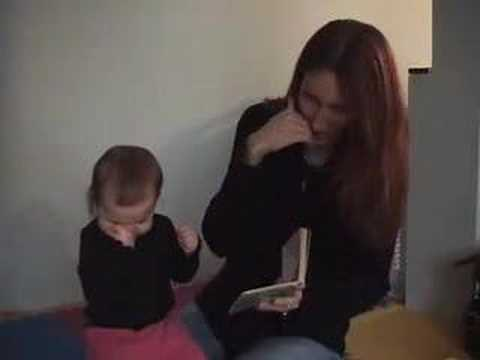 Baby Sign Language / Cute signing baby